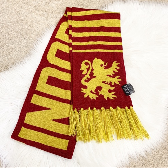 Accessories - Long Harry Potter Gryffindor scarf